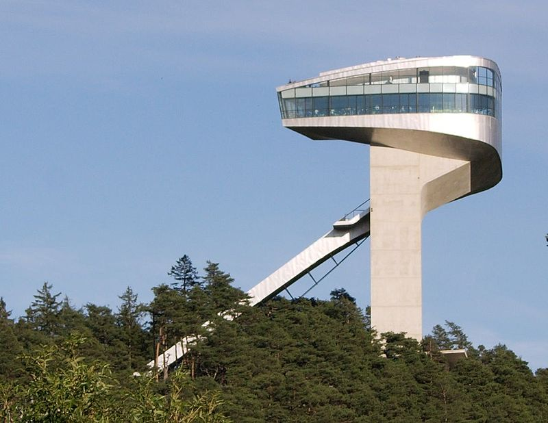 Bergisel Ski Jump Tower (© QEDquid; CC-BY SA 3.0)